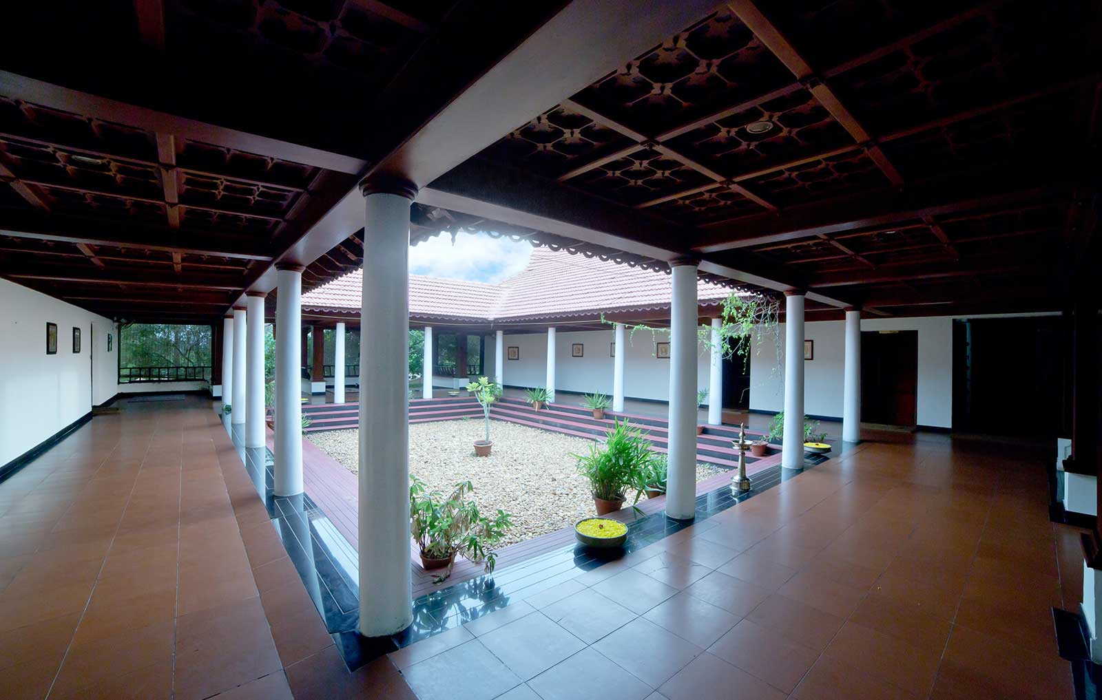 Softouch-Ayurveda-at-Lake-Palace-Resort-Kerala